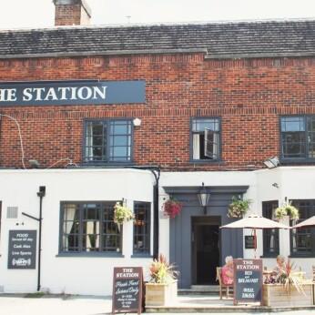 Station, West Byfleet