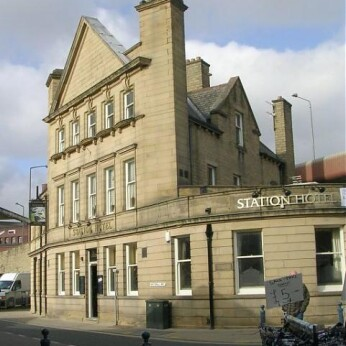 Station Hotel, Dewsbury