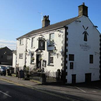 Windmill Hotel, Parbold