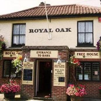 Royal Oak, Poringland