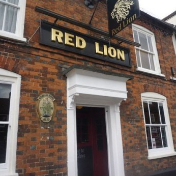 Red Lion, Old Town