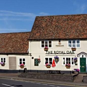 Royal Oak, Potton