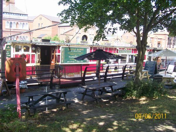 Menu food castle barge newark nottinghamshire ng24 1eu for Food bar rolleston
