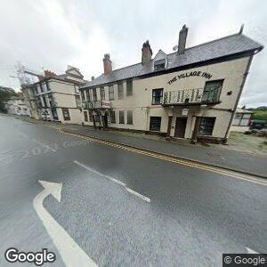 Village Inn, Bryn