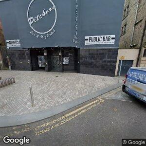 Pitchers Nightclub & Preview Bar